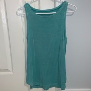 american eagle tank/work out top